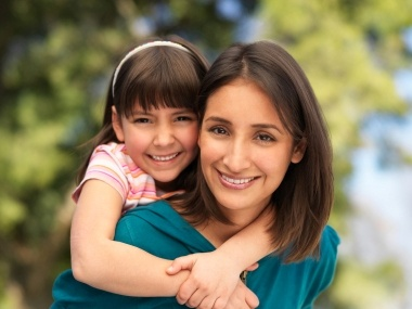 Mother.daughter.380.285.jpg