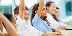 school classroom hands up 301 152.jpg